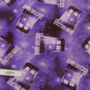 Patchwork Quilting Sewing Fabric DOCTOR WHO Cuddly FLEECE Purple 1m x 150cm New