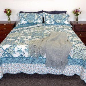 French Country Vintage Inspired Patchwork Bed Quilt BLUE BOUQUET Coverlet New