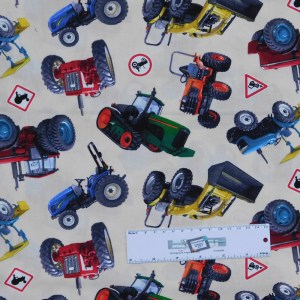 Patchwork Quilting Sewing Fabric MIXED TRACTOR 50x55cm FQ New Material