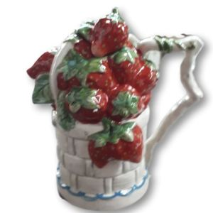 Collectable Novelty Kitchen Teapot Strawberry Basket Blue Sky China Tea Pot New