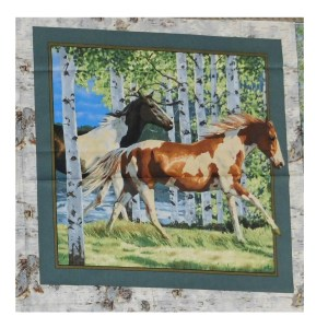 Patchwork Quilting Sewing Fabric HORSES IN THE WOODS 2 Panel 45x45cm New