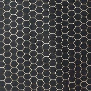 Quilting Patchwork Sewing Fabric BLACK CHICKEN WIRE HONEYCOMB 50x55cm FQ New