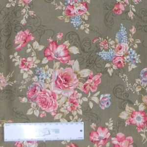 Quilting Patchwork Sewing Fabric FLORAL PROMISE OLIVE LARGE ROSES 50x55cm FQ New