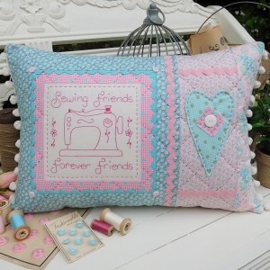 Quilting Sewing Cushion Pattern SEWING FRIENDS Rivendale Collection