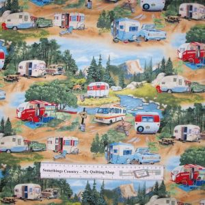 Patchwork Quilting Sewing Fabric VINTAGE CARAVAN TRAILER PARK 50x55cm FQ New Material