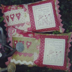 Quilting Sewing Cushion Pattern SHARE THE SUNSHINE Sally Giblin Rivendale Collection NEW