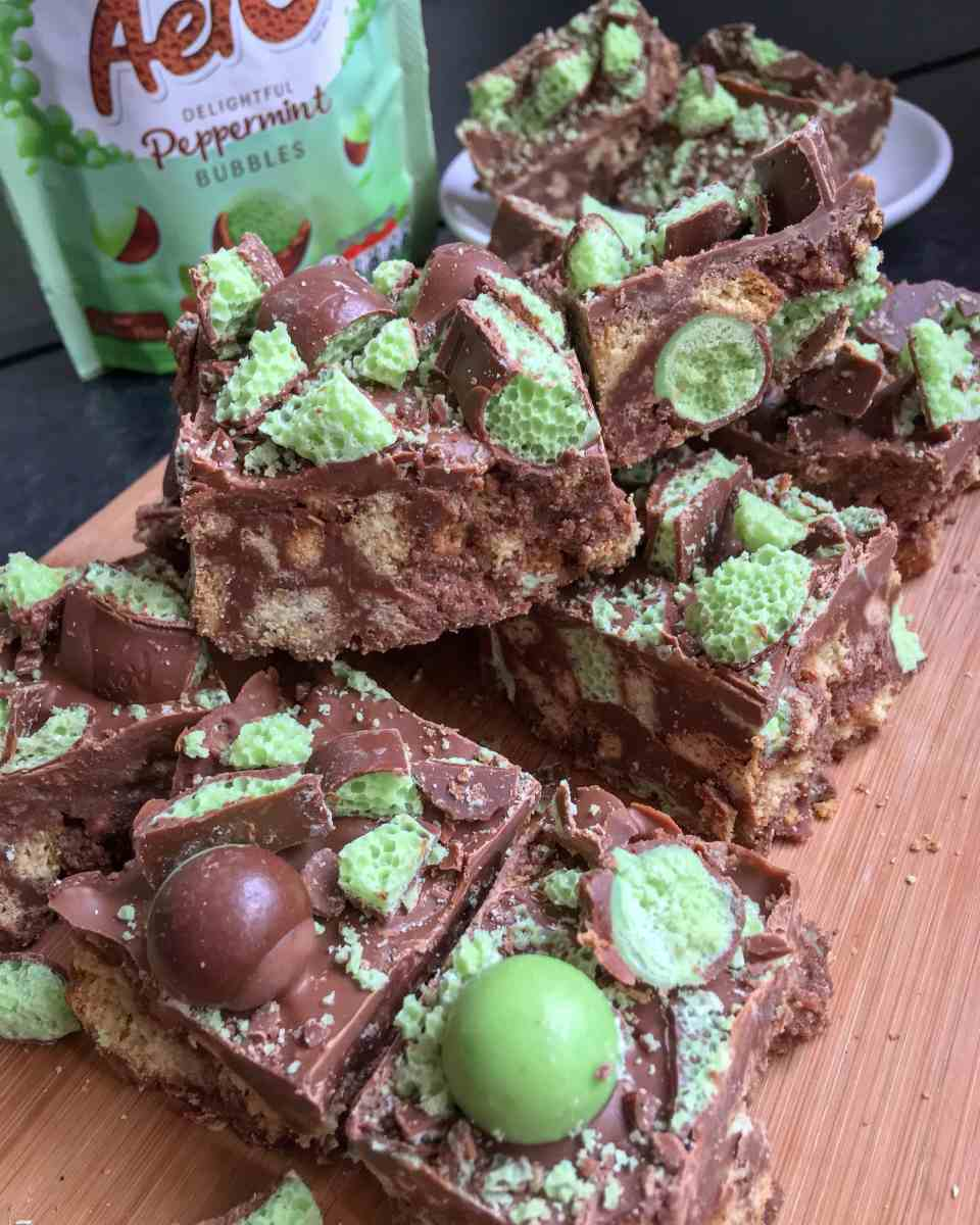 No Bake Mint Aero TrayBake!