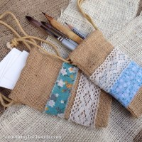 No-Sew Natural Burlap Drawstring Bags Craft