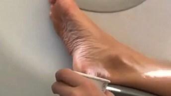 bare feet airplane