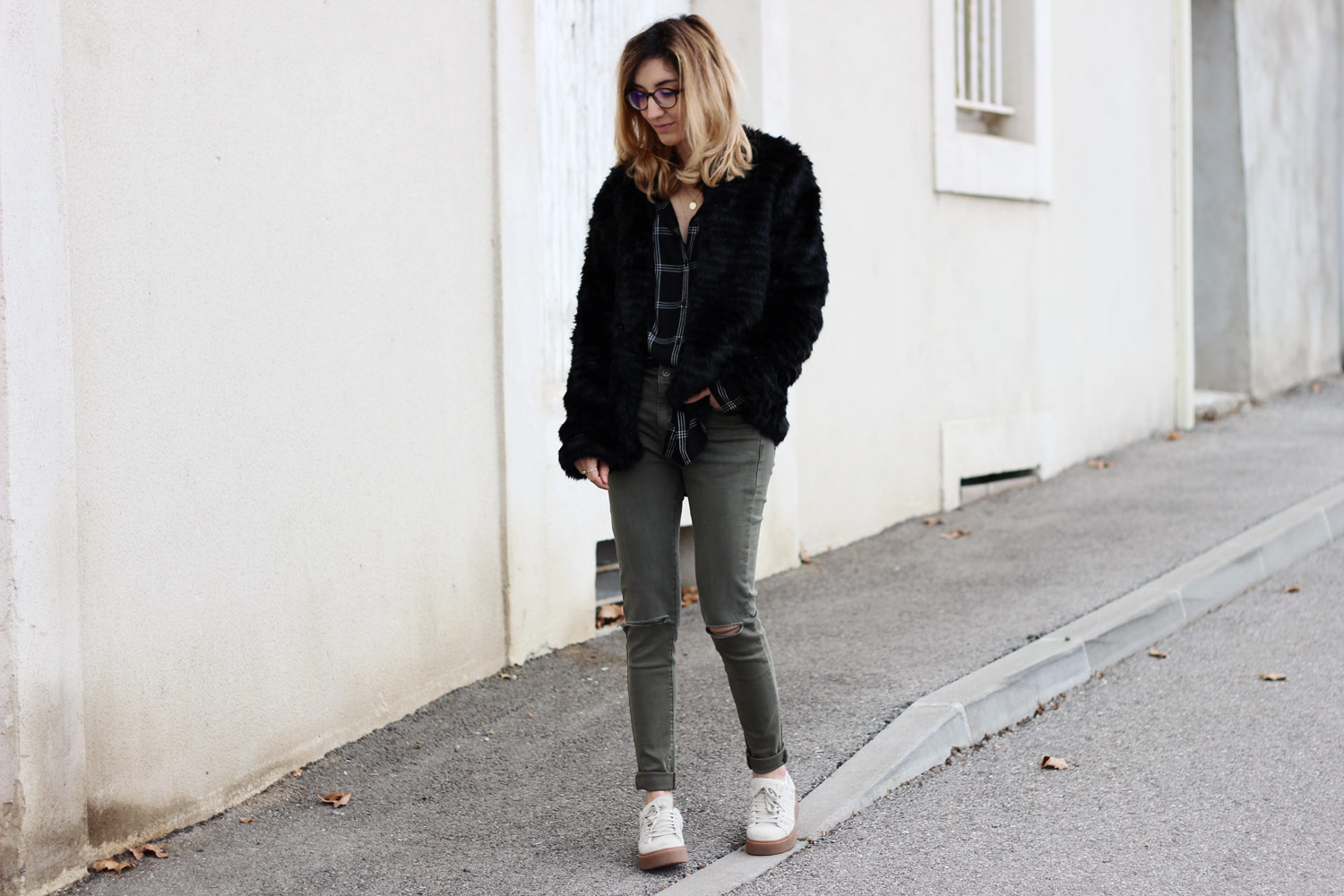 blog-mode-faux-fur-coat-kaki-jeans-look
