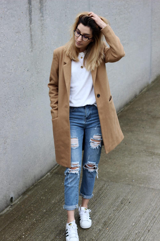 manteau-camel-jeans-boyfriend-look