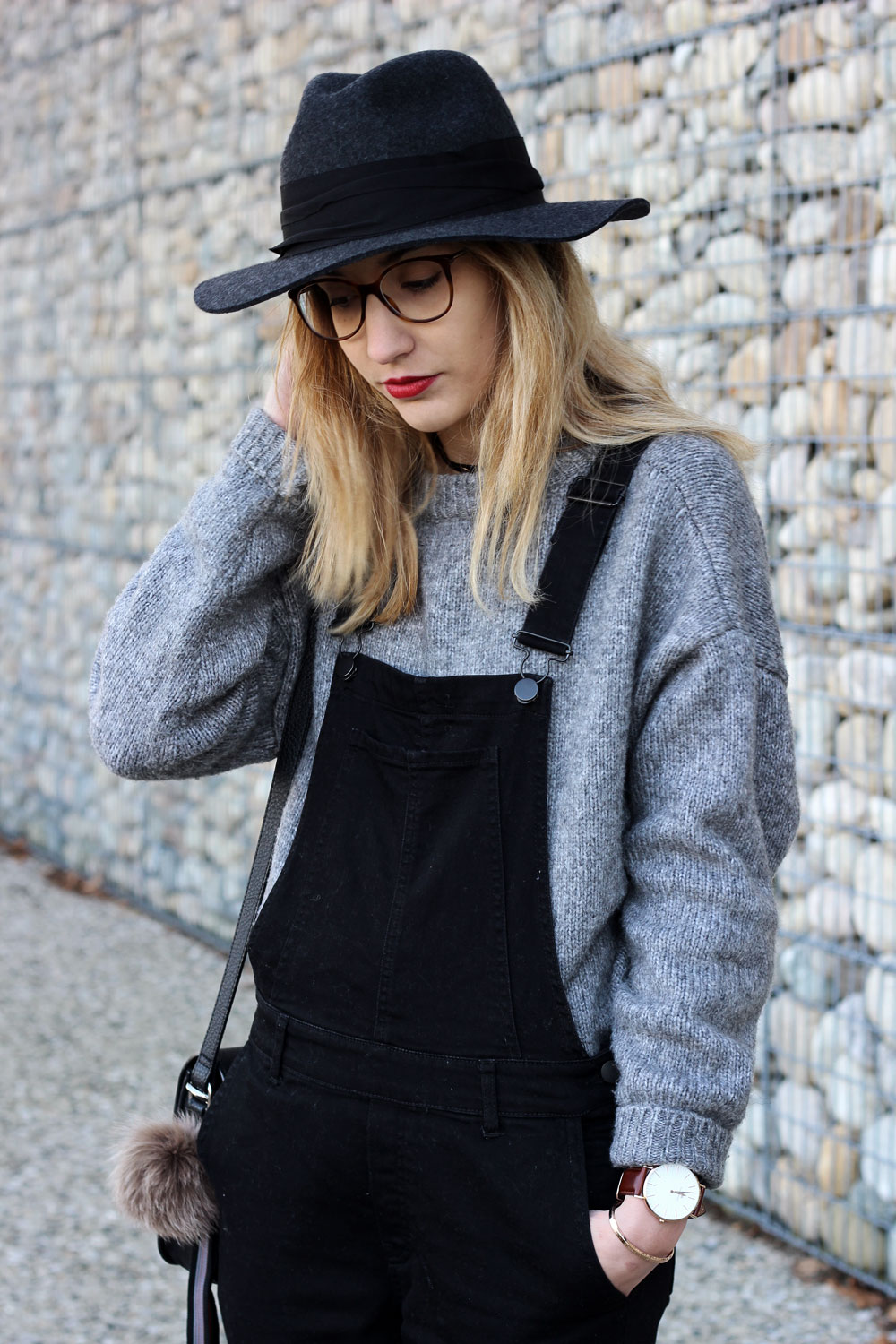 blog-mode-outfit-black-overalls-knit