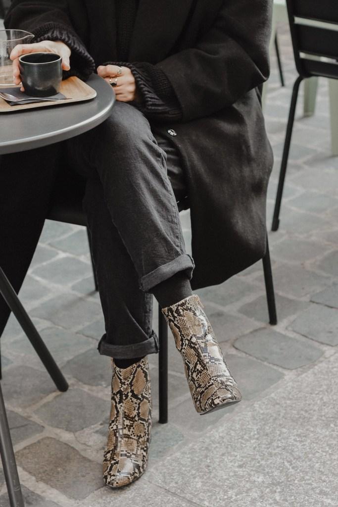 somethingtowear - look besson chaussures tendance imprime serpent