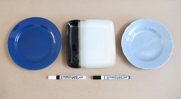 Personalized Wedding Cake Cutting Plate via Something Turquoise