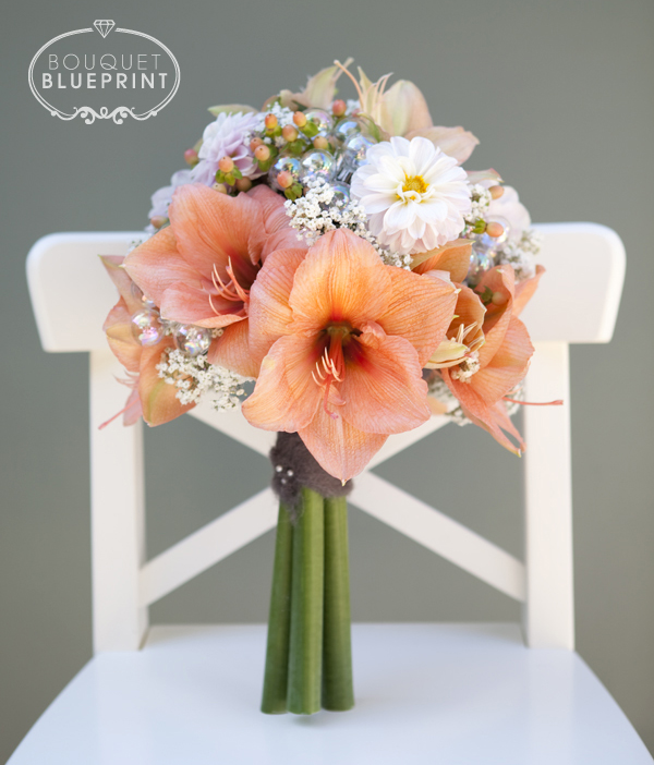 Bouquet blueprint winter peach wool for Bouquet amaryllis