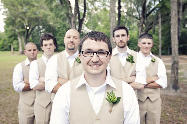 ST_Chic_Shot_Studio_diy_backyard_wedding_6