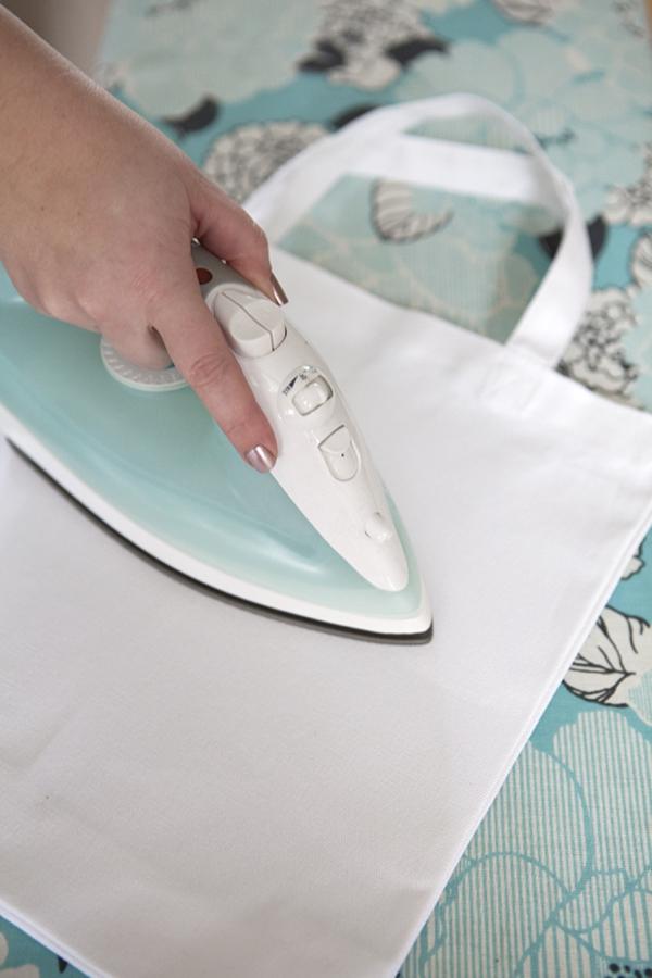 ST_DIY_silkscreen_bride_tote_bag_0003.jpg