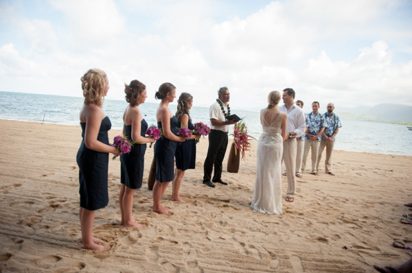ST_Rachel_Robertson_Photography_destination_hawaii_wedding_0010.jpg