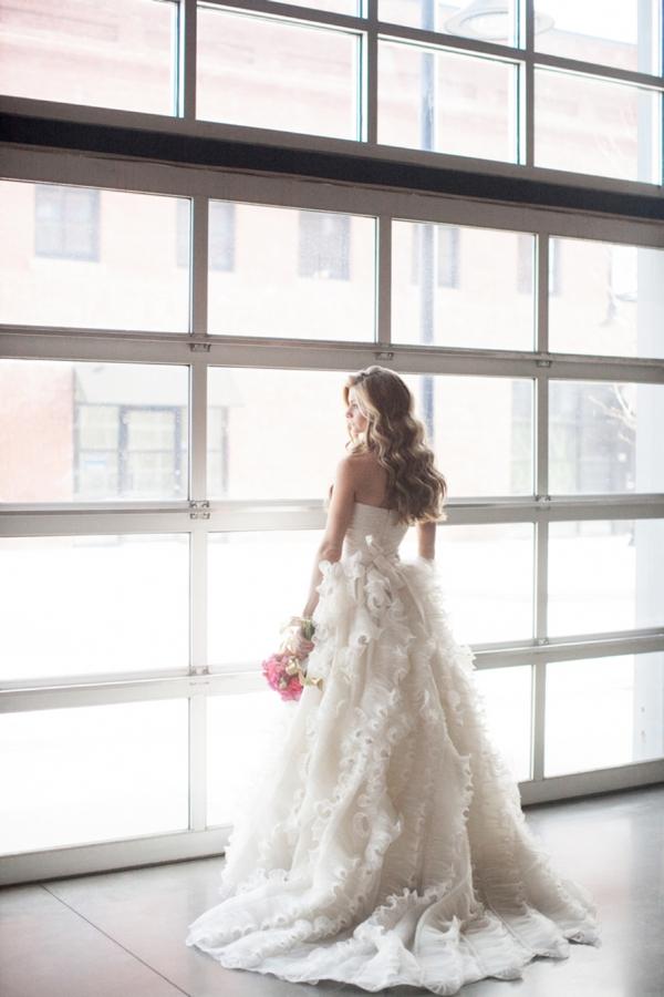 ST_Cassandra_Castaneda_Glam_wedding_inspiration_0005.jpg