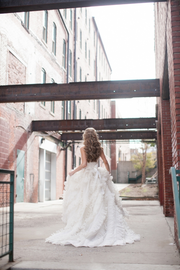 ST_Cassandra_Castaneda_Glam_wedding_inspiration_0021.jpg