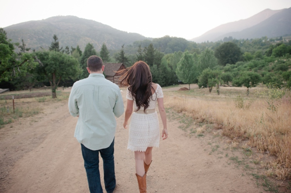 ST_Marcella_Treybig_Photography_orchard_engagement_0012.jpg