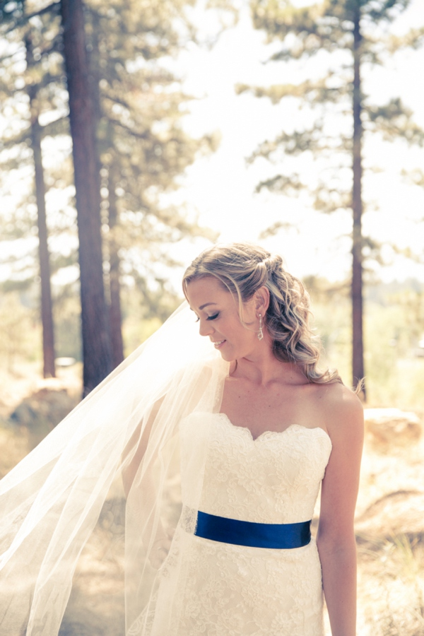 ST_Ashley_Paige_Photography_diy_rustic_wedding_0010.jpg