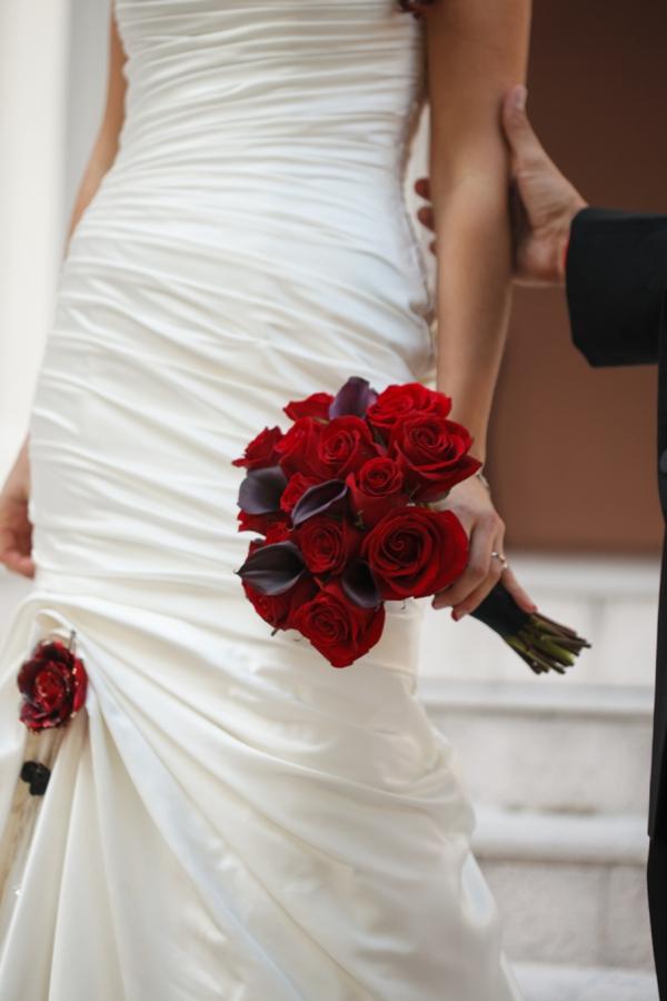 ST_Carrie_Wildes_Photography_halloween_wedding_0046.jpg