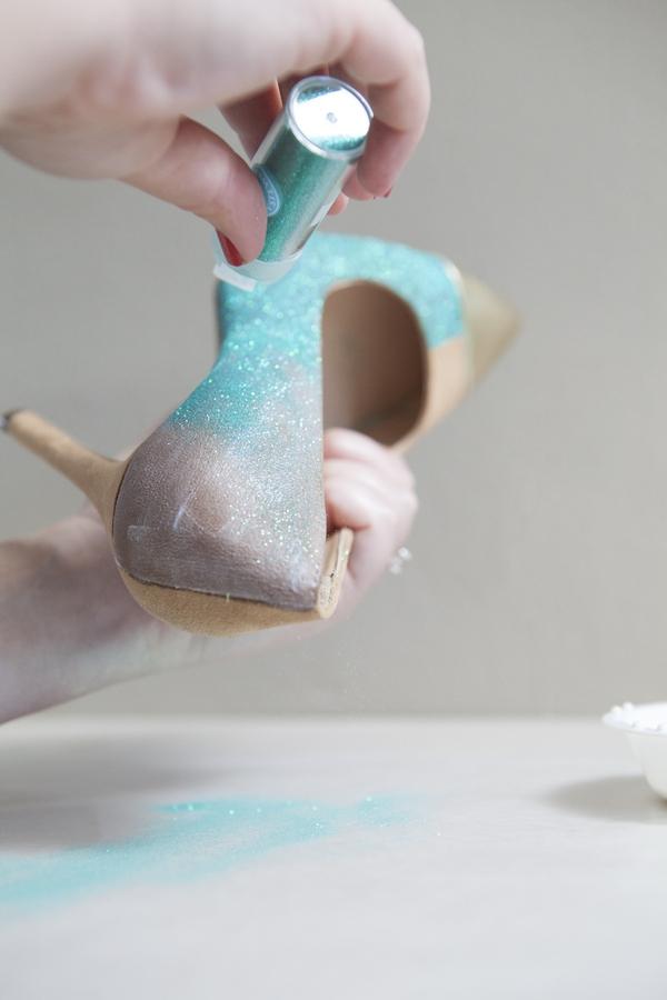 ST_DIY_glittered_statement_heels_0007.jpg