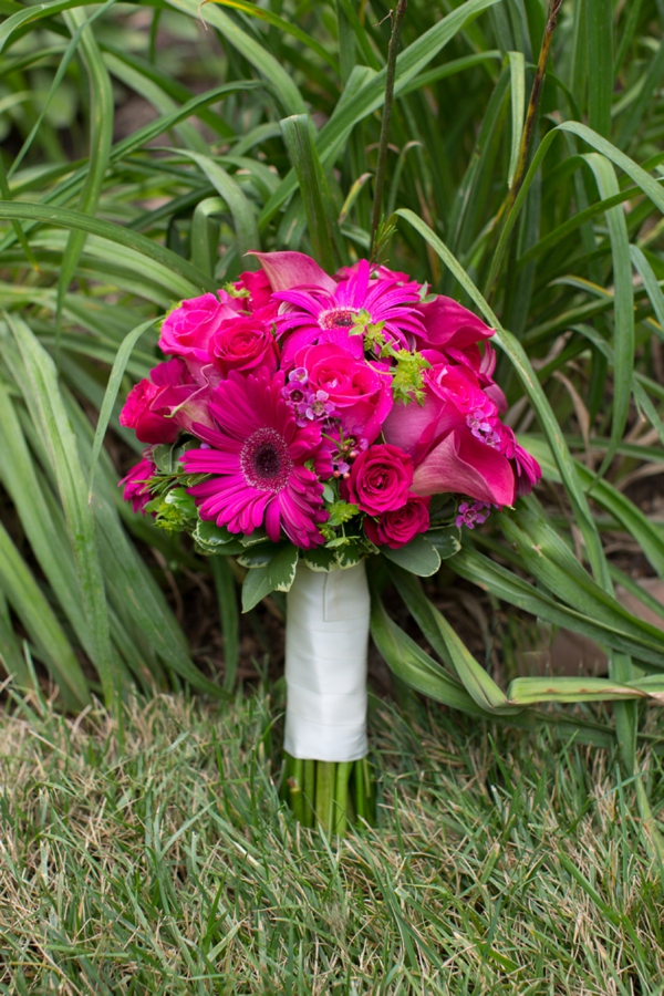 ST_Gayle_Driver_Photography_navy_blue_pink_wedding_0007.jpg