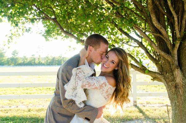 ST_Elizabeth_Henson_Photos_rustic_DIY_wedding_0001.jpg