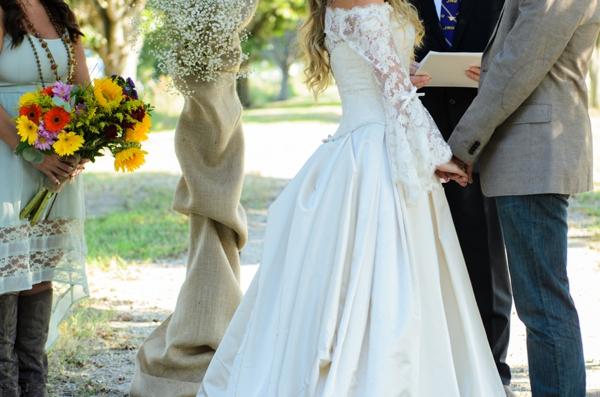 ST_Elizabeth_Henson_Photos_rustic_DIY_wedding_0021.jpg