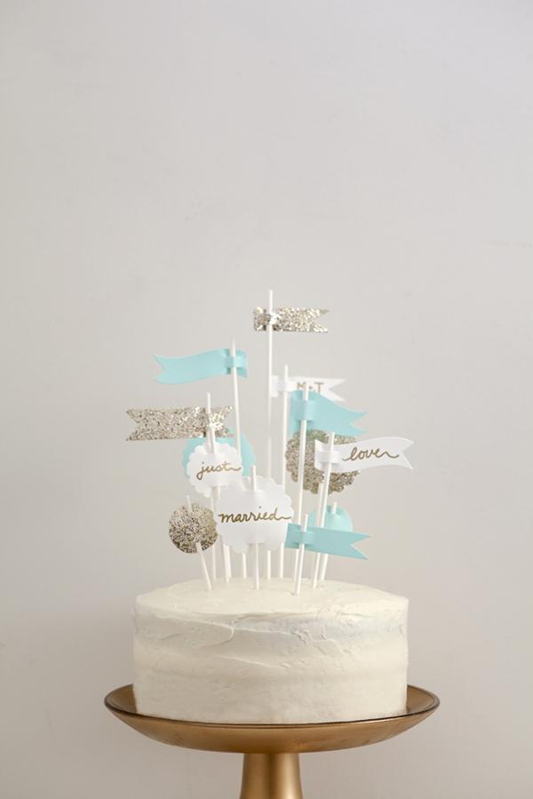 ST_DIY_Flag_Cake_Topper_Wedding_0009.jpg