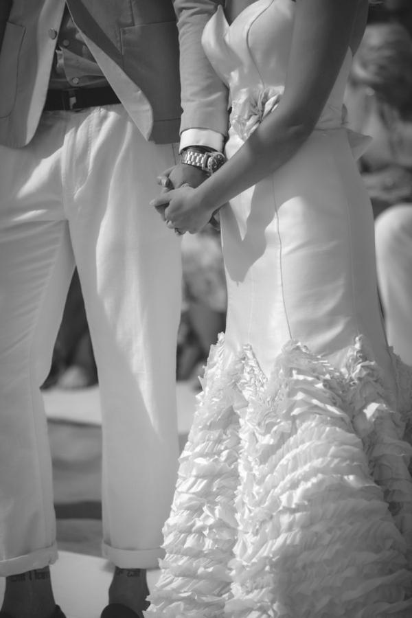 SomethingTurquoise-DIY-beach-wedding-Tony-Gambino-Photography_0029.jpg
