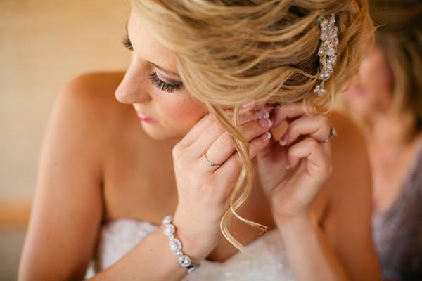 SomethingTurquoise_DIY_beach_wedding_Jennefer_Wilson_0004.jpg