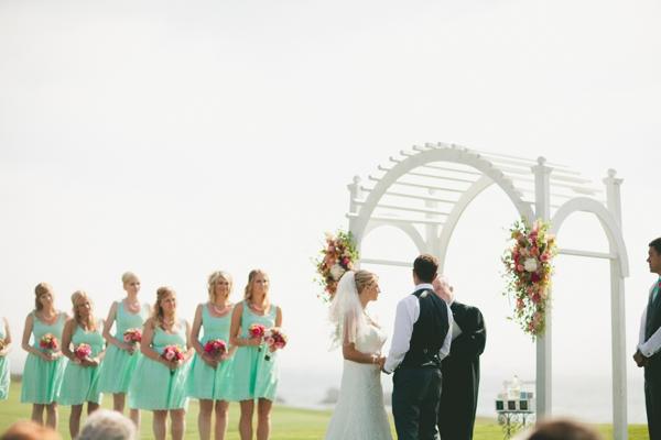 SomethingTurquoise_DIY_beach_wedding_Jennefer_Wilson_0022.jpg