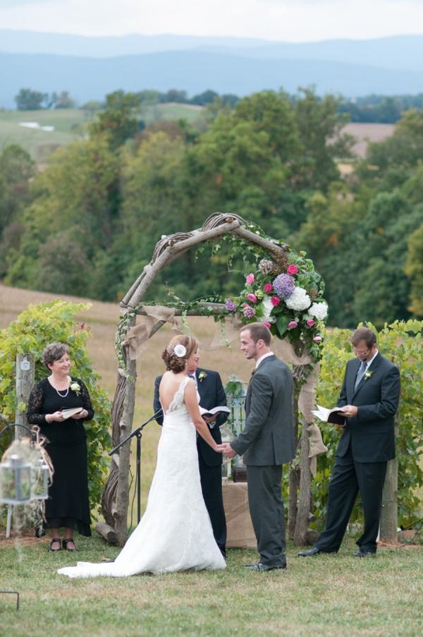 SomethingTurquoise_DIY_winery_wedding_Gayle_Driver_Photography_0025.jpg