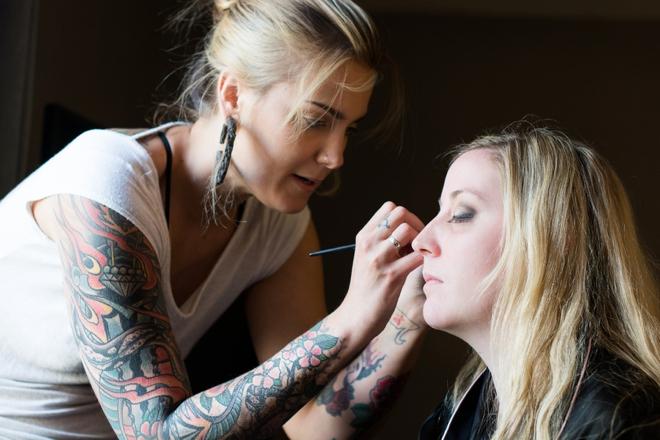 Boho bride makeup.