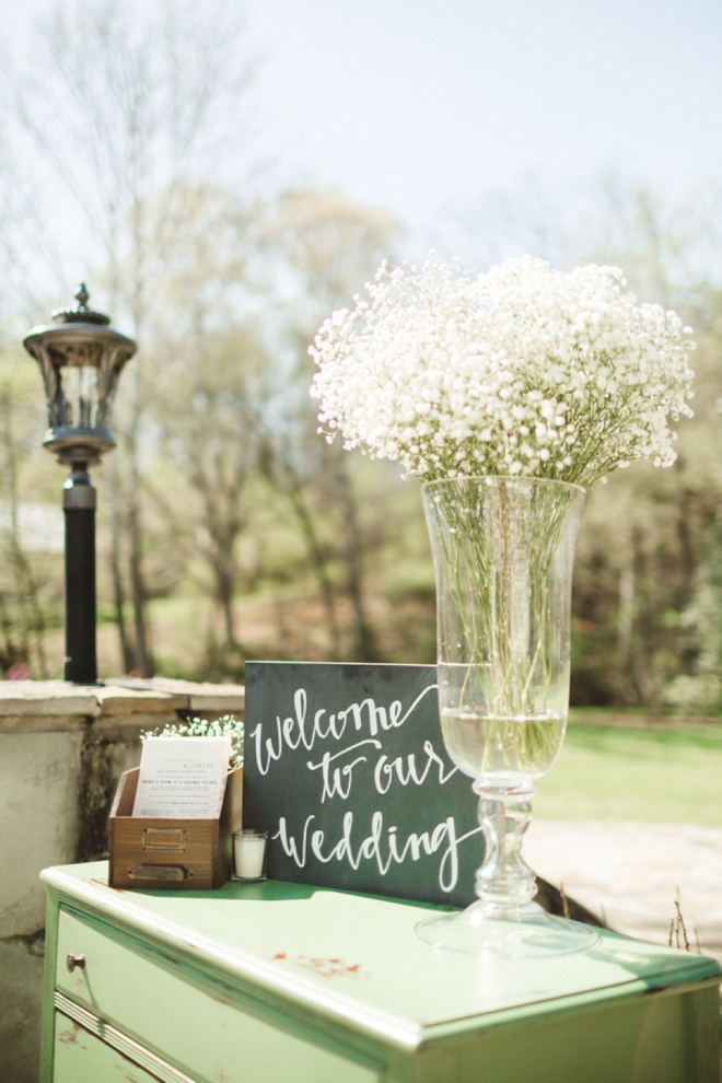 Welcome to our wedding, sign.