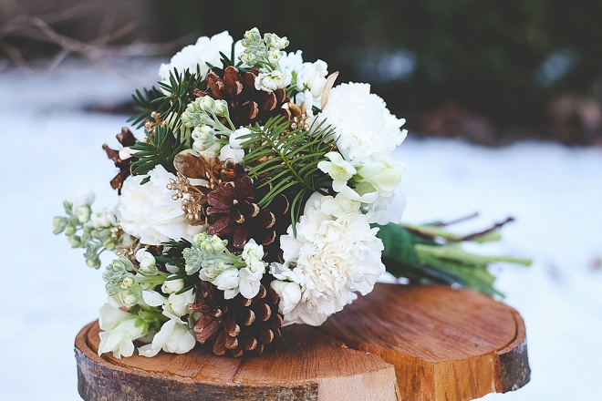 We love this darling bouquet with pinecones