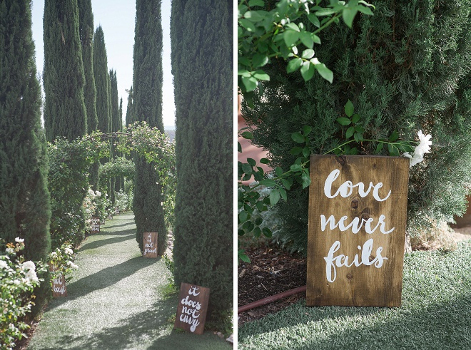 We're loving these sweet aisle signs towards the wedding!