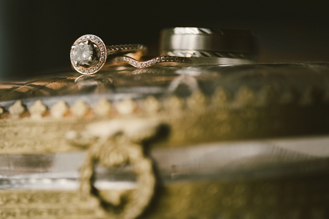 How darling is this ring shot? Swoon!