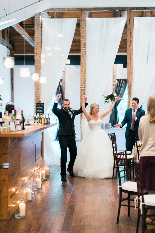 We love this darling classic style DIY wedding!