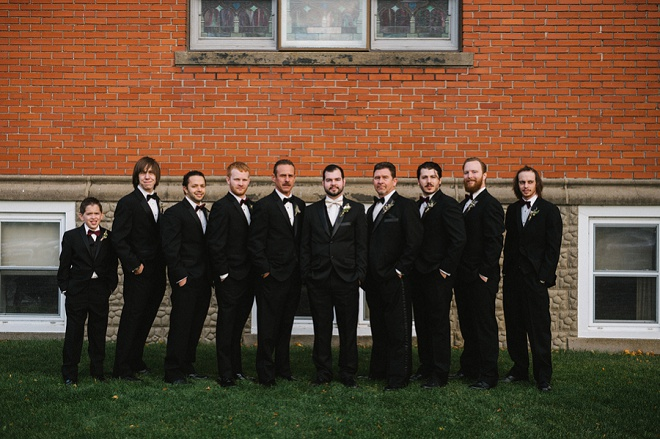 We love this shot of the Groom and his Groomsmen!