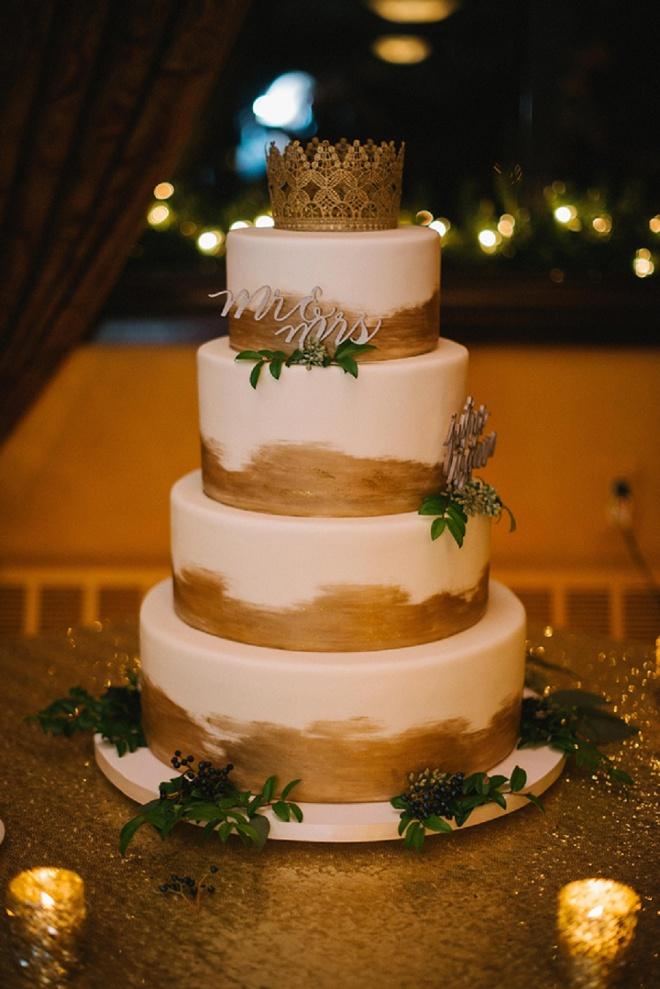 Gorgeous gold wedding cake!