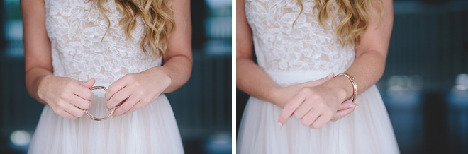 Love these gorgeous bride getting ready photos!