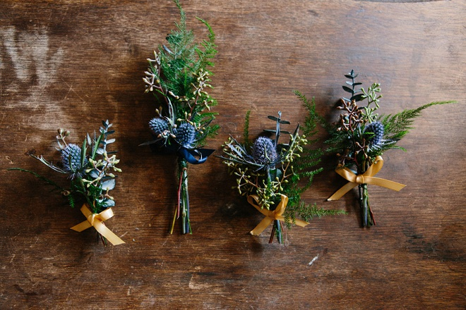 How gorgeous are these handmade boutineer's from the Bride for the Groomsmen?! Love!