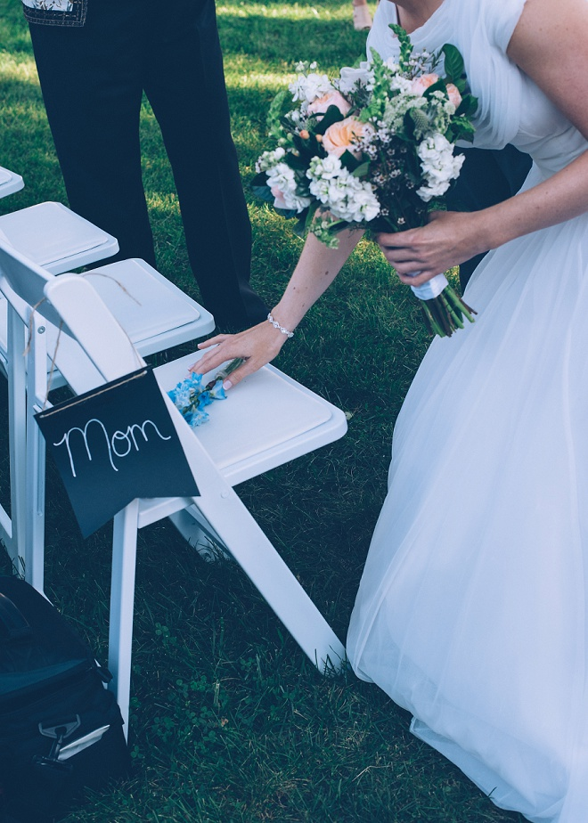 Loving the thoughtful aspects this Bride put in her ceremony in memory of her Mother.