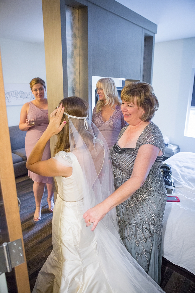 We're loving this sweet Bride's wedding style!