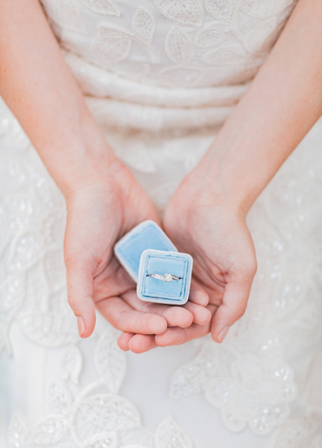 We LOVE this gorgeous blue ring box and shot!