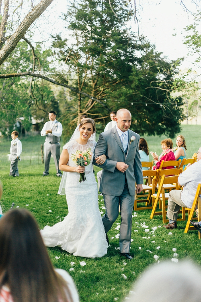 We're swooning over this new Mr. and Mrs. super sweet ceremony!